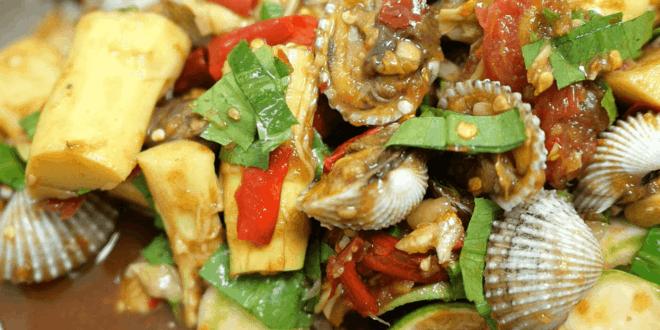 ตำหน่อไม้ใส่หอยแครง พร้อมวิธีล้างหอยแครง