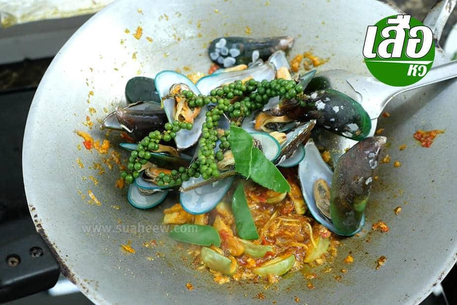สูตรพร้อมวิธีทำผัดฉ่าหอยแมลงภู่