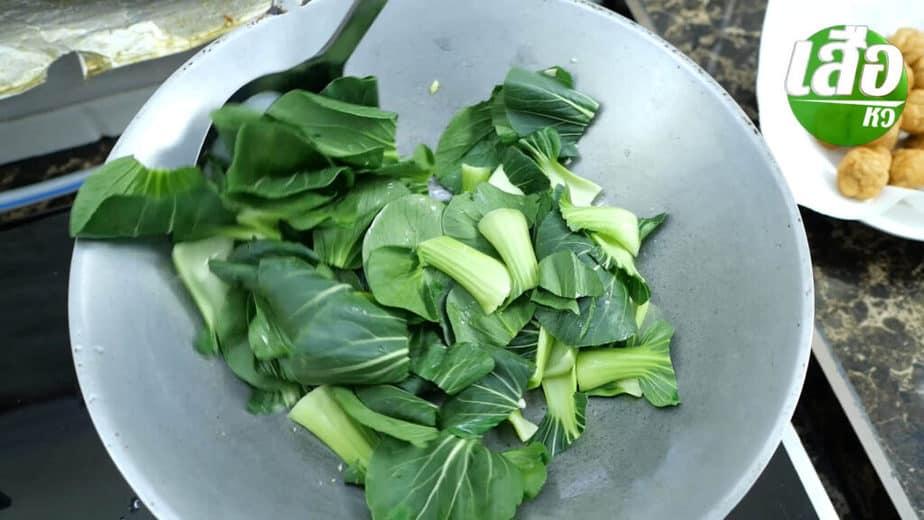 สูตรการทำลูกชิ้นกุ้งผัดผักกวางตุ้งไต้หวัน